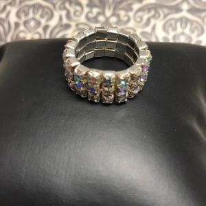 Jewelry - Sparkly ring